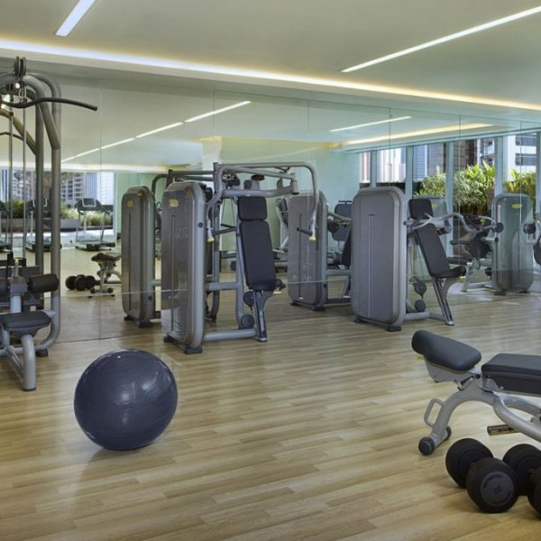 atana-hotel-dubai-gym-pointers-travel