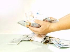 Sie sparen so Geld und tun etwas Gutes!©fotolia.com / Helma Spona