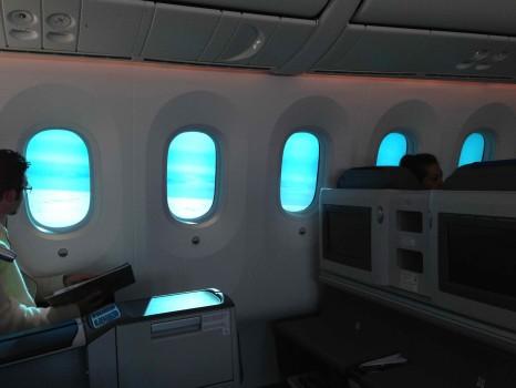 LOT 787 WAW-ORD36