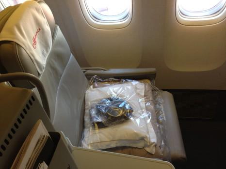 Alitalia B777-200ER Magnifica Business Class04