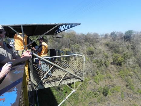 Victoria-Falls-Bungee-Jump09