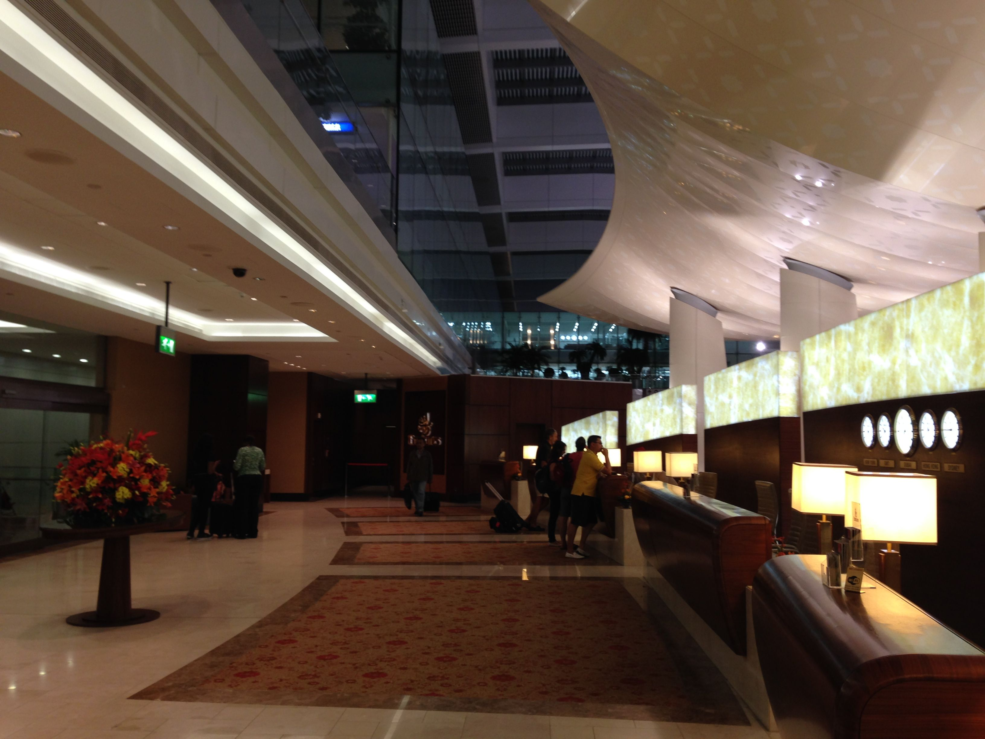 Trip Report – Emirates Business Class Lounge – A380 ...