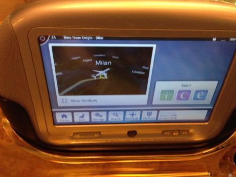 Emirates First Class DXB-MXP Dubai Milan 77722