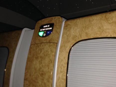 Emirates First Class DXB-MXP Dubai Milan 77751