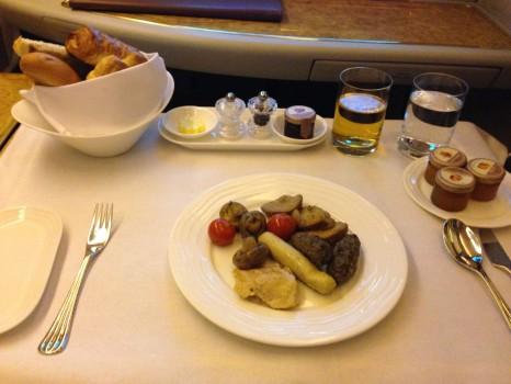 Emirates First Class DXB-MXP Dubai Milan 77757
