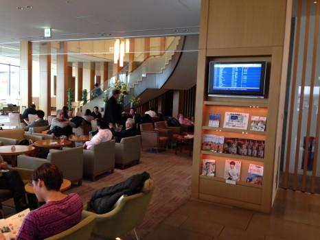 JAL Sakura Lounge Tokyo NRT30