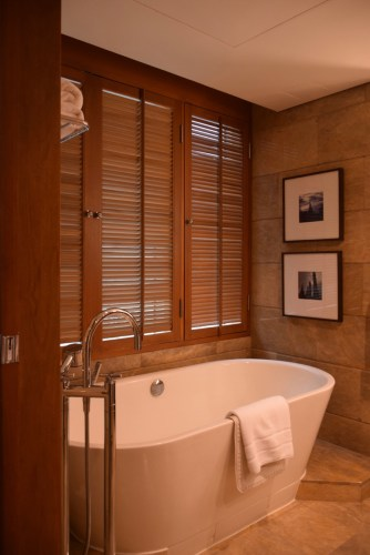 Conrad Bangkok Executive Corner King Room - SoakingTub