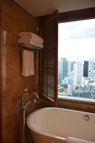 Conrad Bangkok Executive Corner King Room - View from Tub