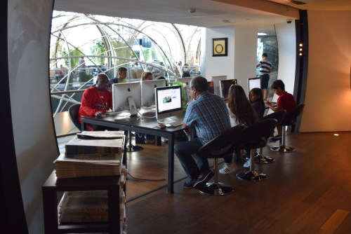 Turkish Airlines CIP Lounge - Work Stations