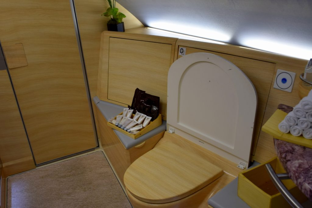 Emirates A380 First Class Shower Spa - Toilet
