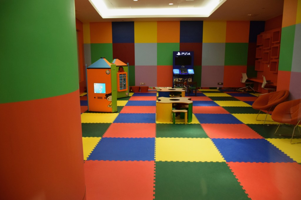 Emirates First Class Lounge Dubai Concourse A - Kids Playroom