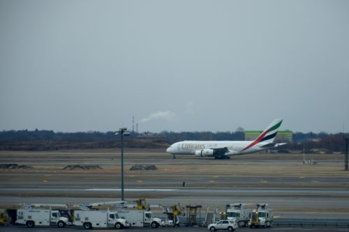 The Emirates Lounge JFK - Aircraft Taxiing