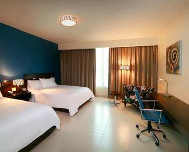 Hampton by Hilton Panama Guestroom. Photo courtesy of hotel.