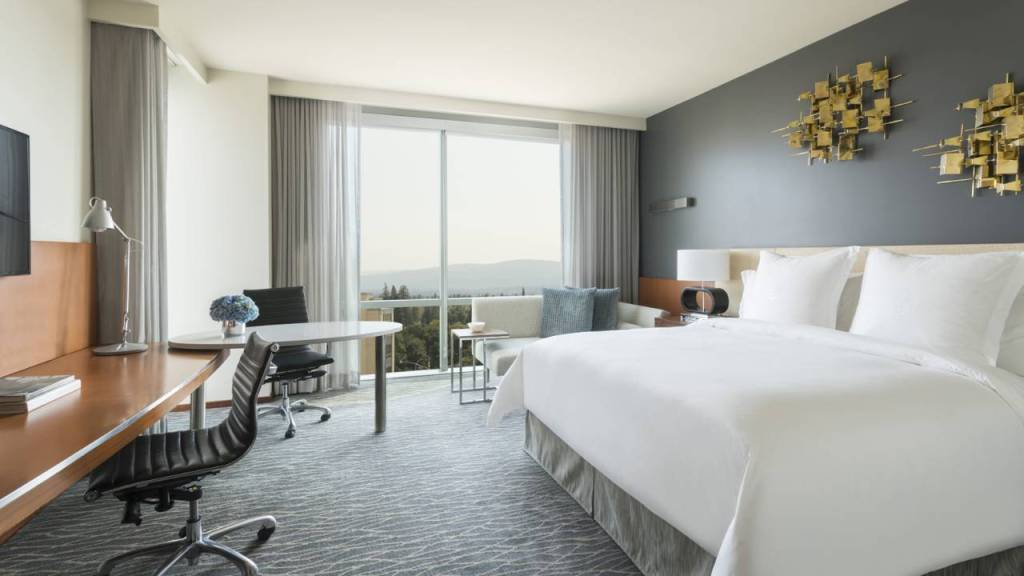 Four Seasons Palo Alto Silicon Valley Guest Room. Source: Four Seasons