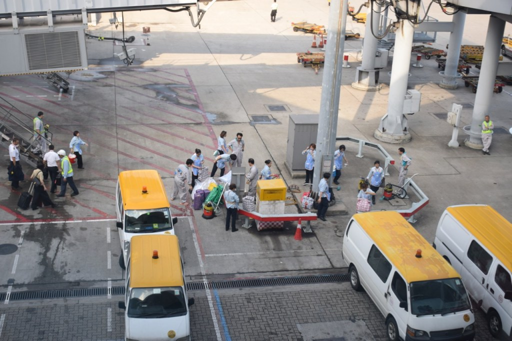 Cathay Pacific cleaning crew at Hong Kong International Airport (HKG). Photo by the author.