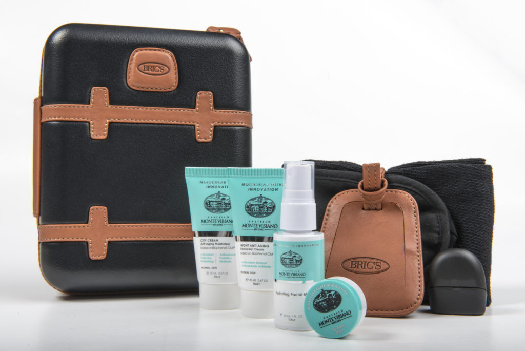 Qatar Airways' new First Class Mens amenity kit by BRICS, with Castello Monte Vibiano Vecchio products. Flickr/Qatar amenity kits