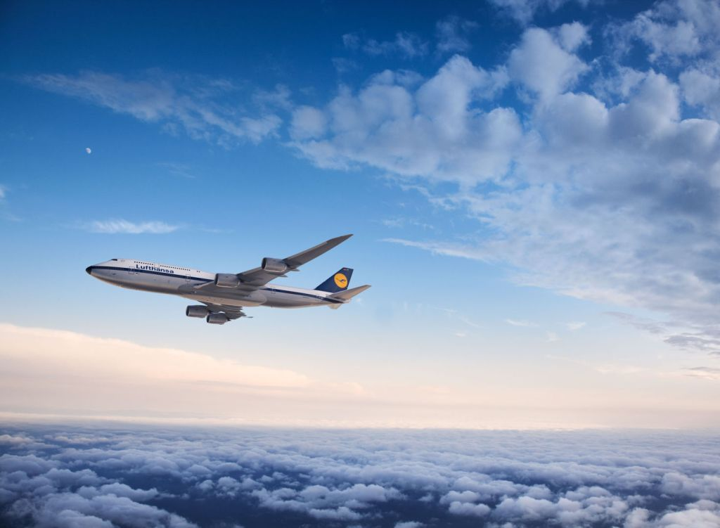 A 747 sporting a 1970s Lufthansa livery. Source: Lufthansa Magazin
