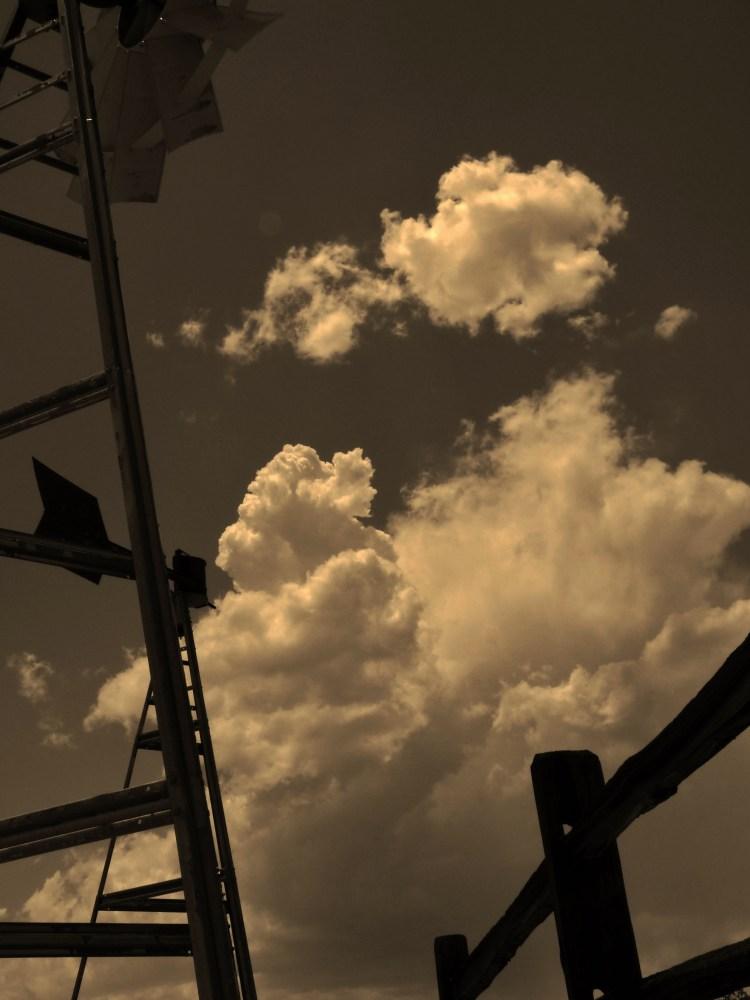 Big sky... (3/6)