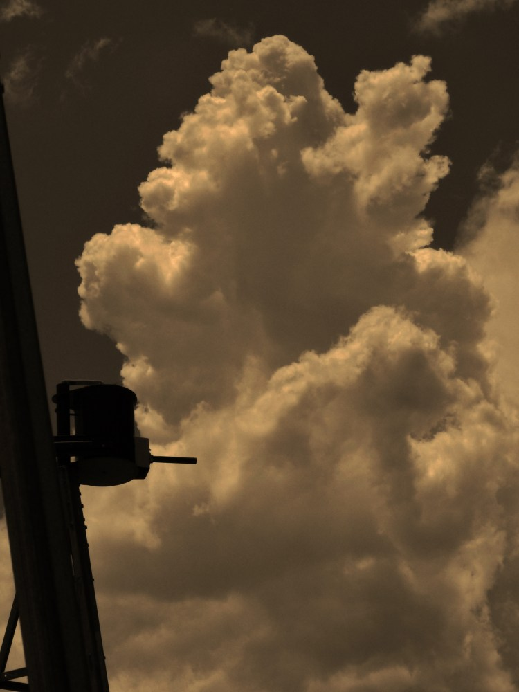 Big sky... (4/6)