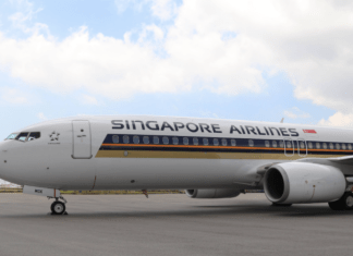 SIA Boeing 737-800 NG Singapore Airlines