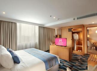 Swiss Belhotel business-suite