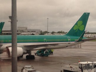 Aer Lingus B757-200 ready for the flight SNN-BOS