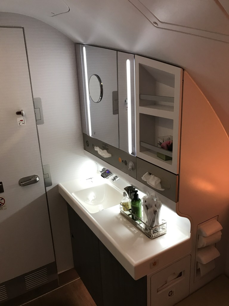 asiana airlines a380 business class