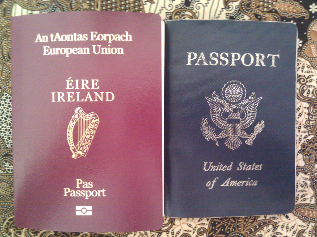 How to travel with two passports | Points to be Made