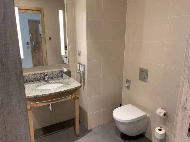 Hampton by Hilton Gdansk Old Town - Bathroom 1