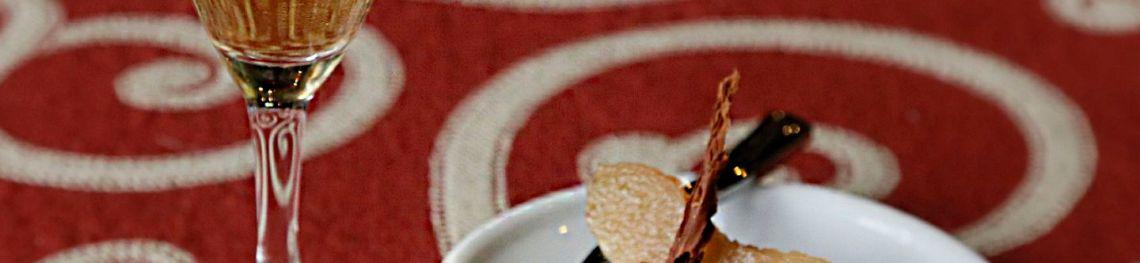 Dégustation de Poiré Domfront avec les restaurateurs du Domfrontais. Crédits photo : C Bosshard