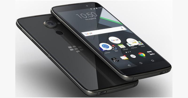 Передняя и задняя панели у BlackBerryDTEK60 стеклянные
