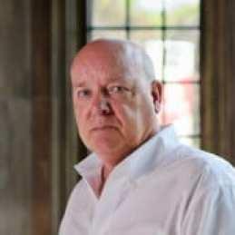 Ian_Hamilton,_Author_image_2012