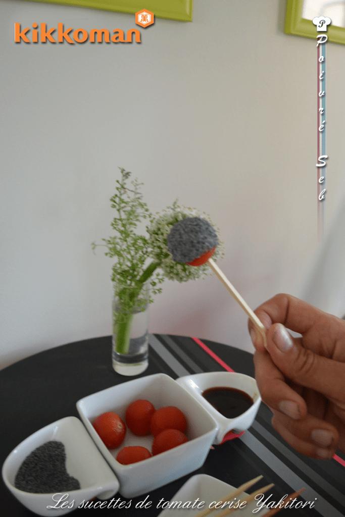 Les sucettes de tomate cerise Yakitori