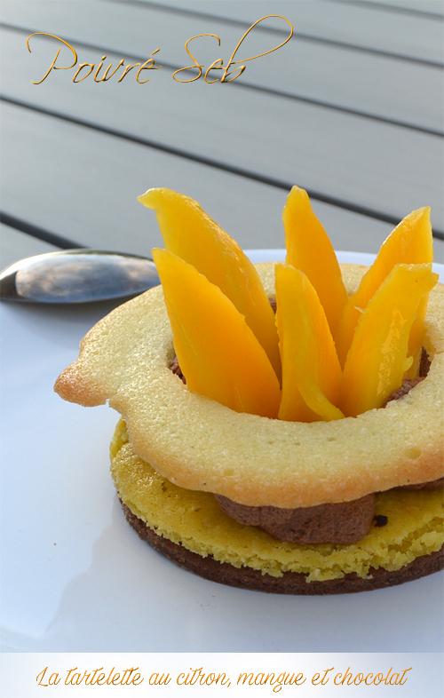 La tartelette au citron, mangue et chocolat-Vertical