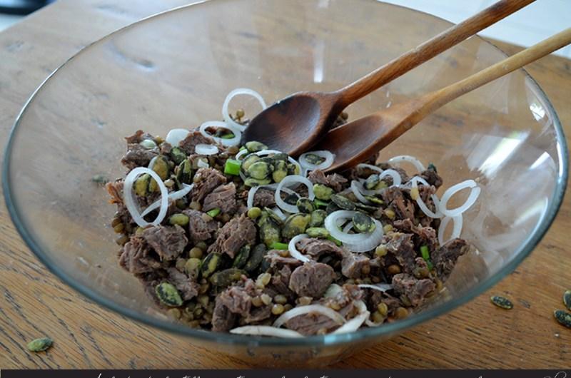 Salade de lentilles vertes au bœuf et graines de courge wasabi