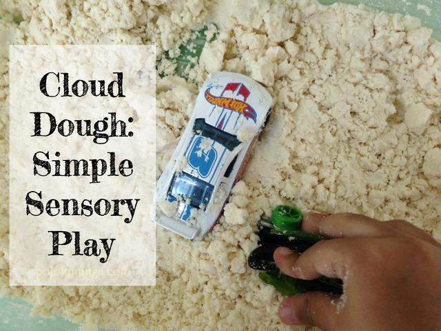 Cloud Dough: Permainan Sensoris Sederhana