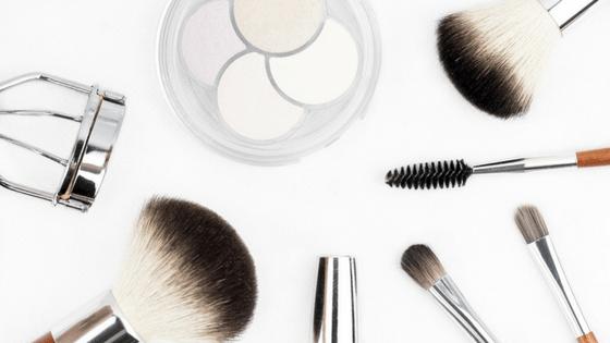 Wardah Lip Cream, makeup brushes, kuas makeup, hadiah untuk wanita, hadiah untuk sahabat, ide kado untuk wanita, ide kado untuk istri, ide kado untuk ibu, ide kado untuk pacar, produk kecantika