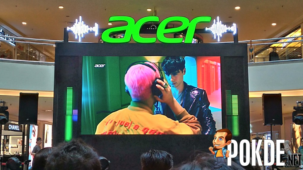 "Acer Day Kicked Off with ""Play Music Together"" Celebration - Shows Off Acer Swift 7, Switch 7, and Predator Helios 300, and"