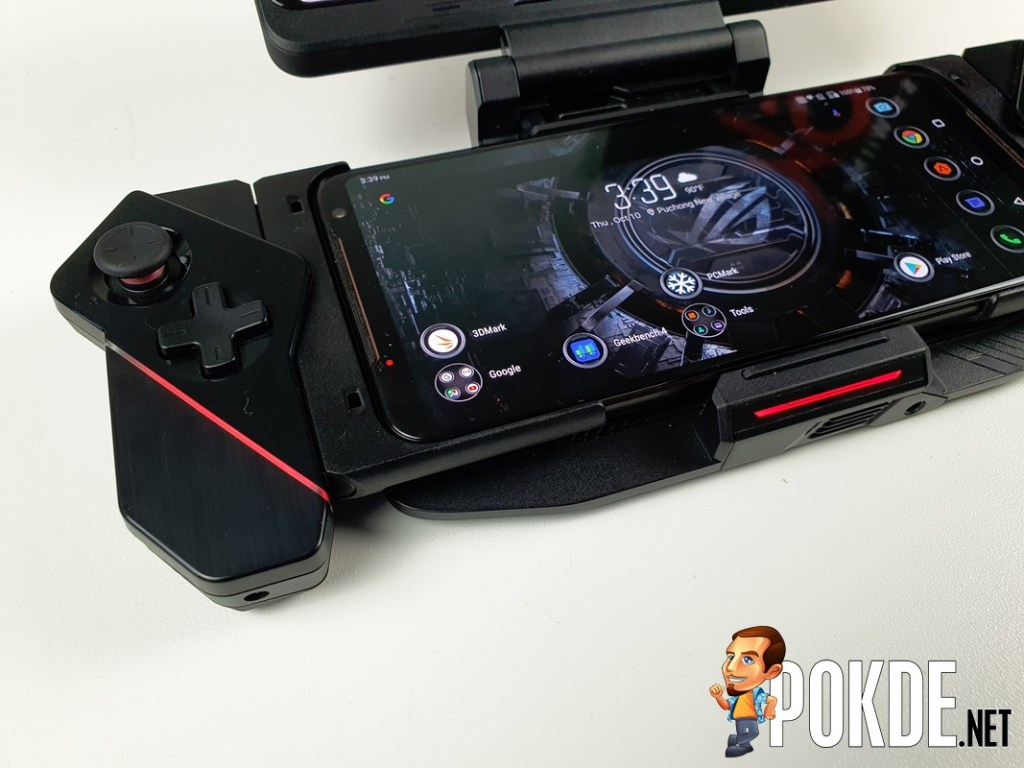 ROG TwinView Dock II Review - Finally Refined Twins 45
