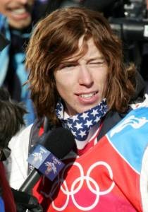 US Halfpipe snowboarder Shaun White answers questions after winning the Men's snowboard Halfpipe final on the second day of the Turin 2006 Winter Olympics 12 February 2006 in Bardonecchia, Italy. The Turin Winter Olympics officially opened 10 February setting the ball rolling on a 17-day festival of snow and ice sports. AFP PHOTO JOE KLAMAR/ 56165340