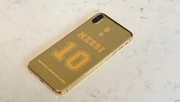 iPhone Berbalut Emas 24 Karat Milik Messi