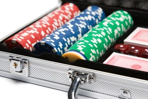 poker set pokerkoffer chips karten pokersets