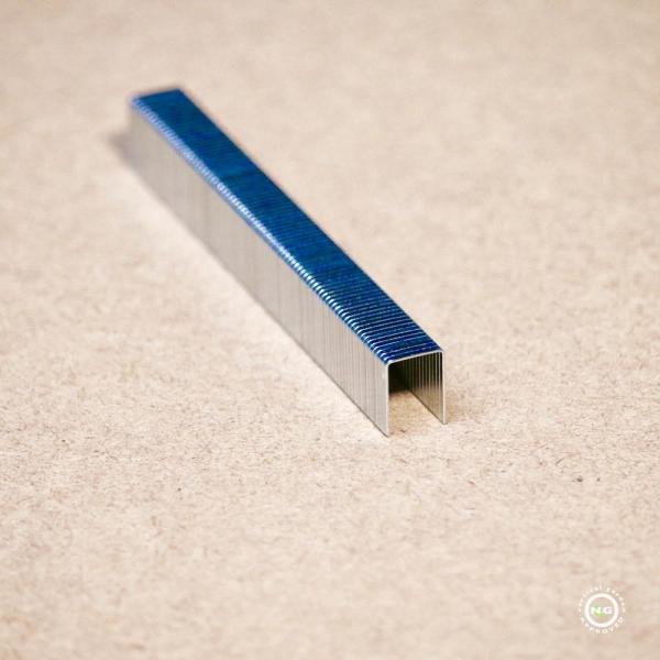Agrafe en acier de 12mm nécessaire pour l'installation du mur végétal