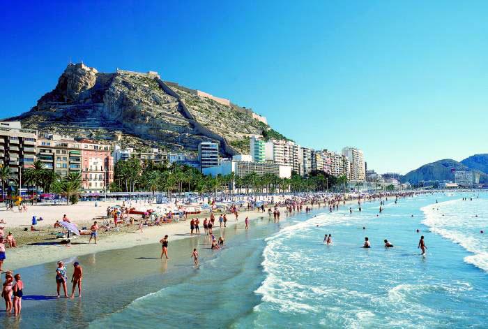 Co zwiedzić w Alicante - Plaża Postiguet