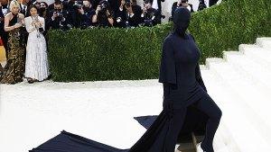 kim kardashian met gala ponytail SS ftr
