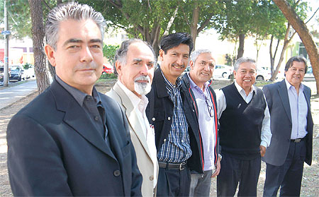 El actual presidente de Morena, Humberto Ortíz, acompañado de Primitivo Madrigal y Jaime Hernández Ortiz.
