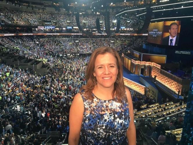 Margarita Zavala en la Convención Demócrata apoyando a Hillary Clinton. Foto: Especial