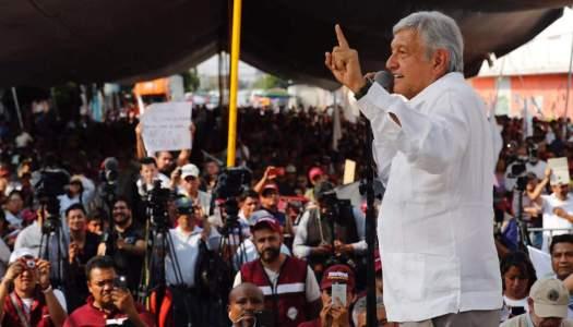 Peña Nieto prefiere perder la Presidencia antes que el EdoMex: AMLO