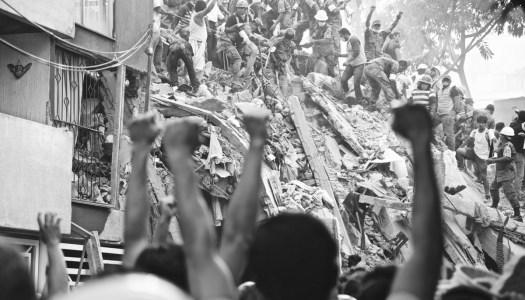 Ceremonia de conmemoración de las víctimas de sismos de 1985 y 2017