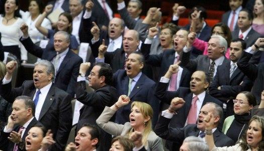 Diputados del PRI y sus partidos aliados rechazan eliminar gasolinazo